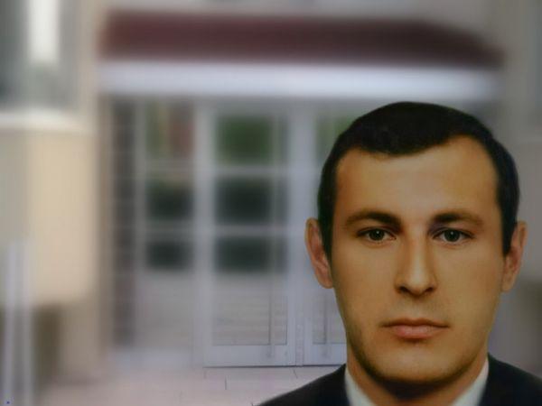 Serdivan'da şüpheli ölüm! Apartman girişinde ölü bulundu