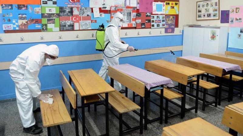 Akyazı'da 5 sınıf karantinaya alındı