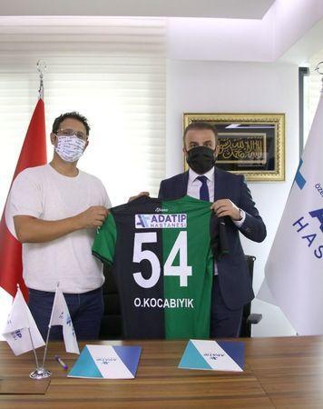 Adatıp Sağlık Grubu Sakaryaspor'un tekrar sponsoru oldu