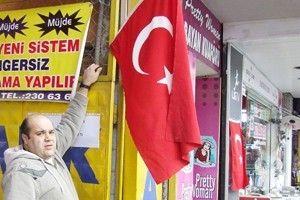 Gaziantep'te Bayraklı Tepki