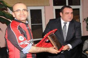 Bakan Şimşek'ten Gaziantepspor'a Ziyaret