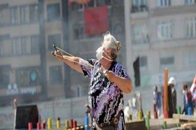 AKP İntikam Peşinde: 'Sapanlı teyze' de Tutuklandı!