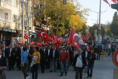Gaziantep'te Binler 'Cumhuriyet' İçin Yürüdü