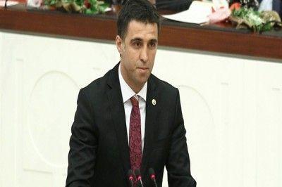 Flaş...Flaş.. Hakan Şükür AKP'den İstifa Etti...