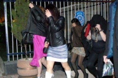 Gaziantep'te Yabancı Kadınları Pazarlayan Şebekeye Baskın...
