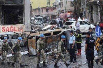 Başbakan Gaziantep ve Hatay'daki Patlamaları Yanıtlamadı