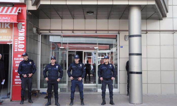 Gaziantep'te HÜRSİAD, Kimse Yok mu Derneği ve işyerlerine PYD Operasyonu
