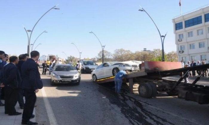 Gaziantep'te 5 Araç Bir Birine Girdi.Yaralılar var.