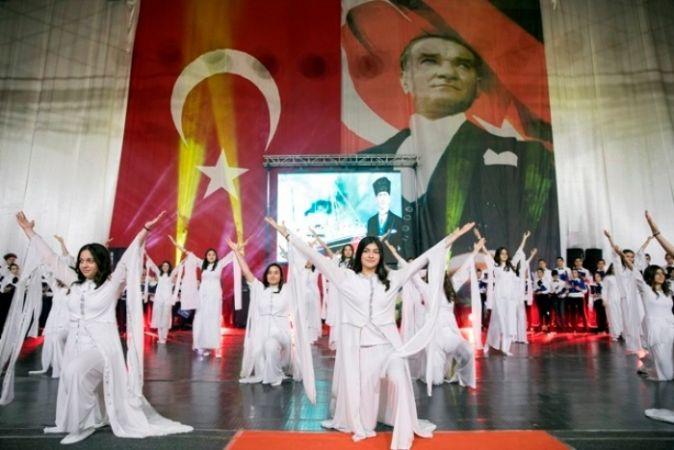 SANKO OKULLARINDA 19 MAYIS ATATÜRK'Ü ANMA, GENÇLİK VE SPOR BAYRAMI