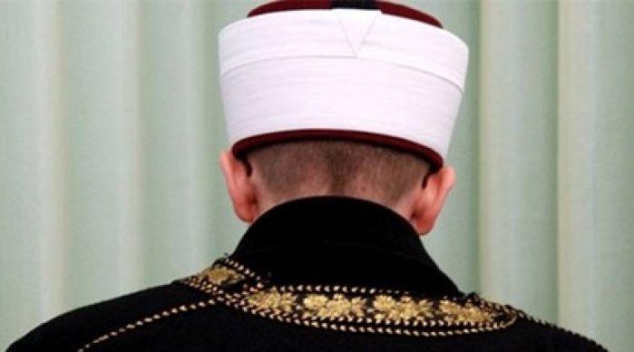 İstanbul  Seçiminde sandıklara imam başkan