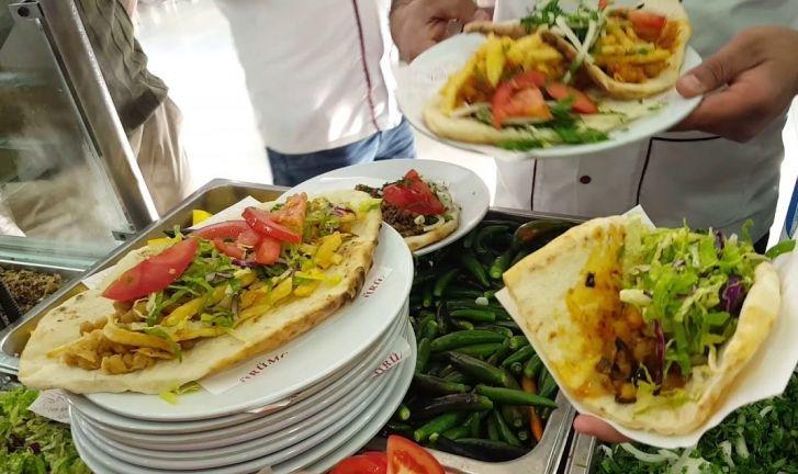 Gaziantep'te Sokakta Yemek Yemek Yasaklandı