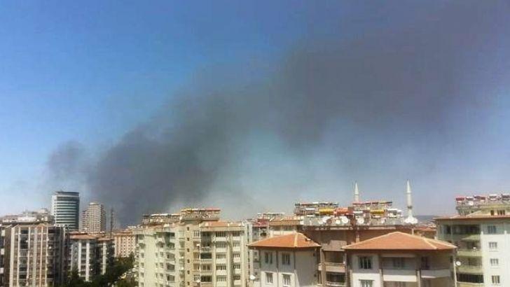 Gaziantep'te Büyük Yangın. Gökyüzü Siyaha Büründü