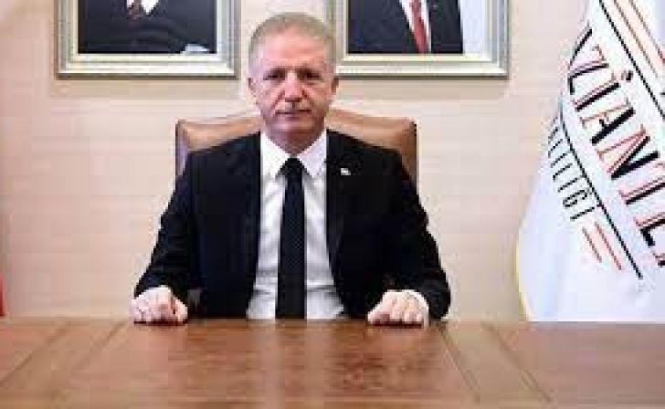 """Duman ve Koku Nedeniyle Vali Gül'den Gazianteplilere """" Panik Yapmayın """" Uyarısı"""