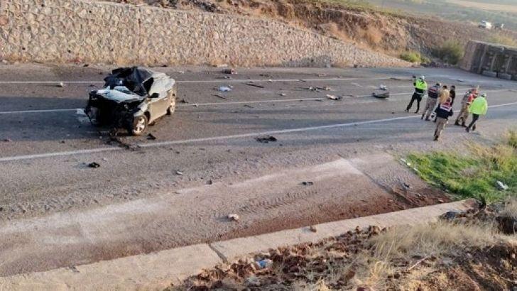 Kilis'te Feci Kaza : 4 Ölü 2 Yaralı Var
