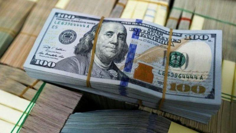 Dolar 9 TL'yi Geçti