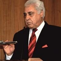 Av. Mustafa Kuran